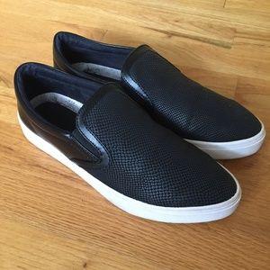 Guess Farilyn2 Black Slip-On Sneaker